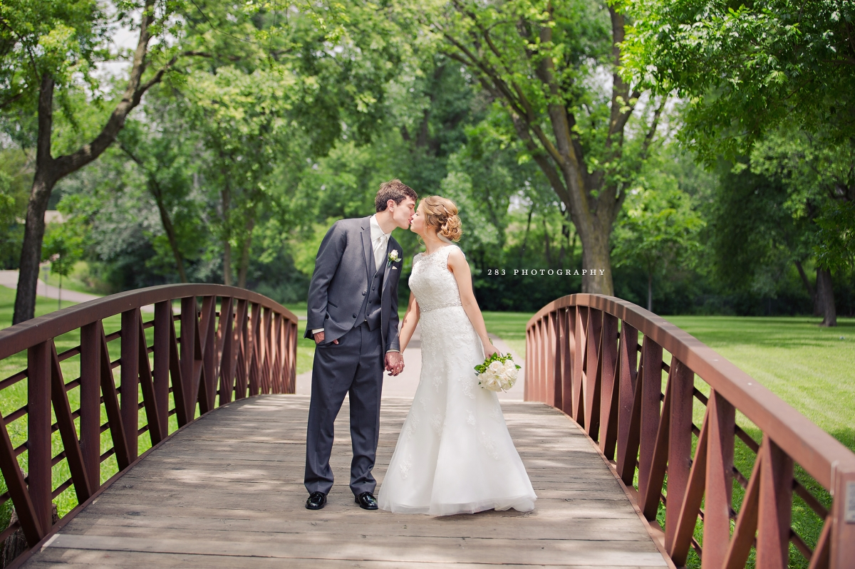 Wedding Dresses Kearney Ne : Alyssa elliot sioux falls wedding photography ?